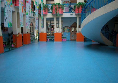 孩之宝童趣幼儿园地板