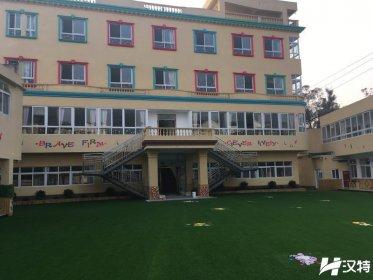 温江爱立方幼儿园PVC地板胶(4000平方)